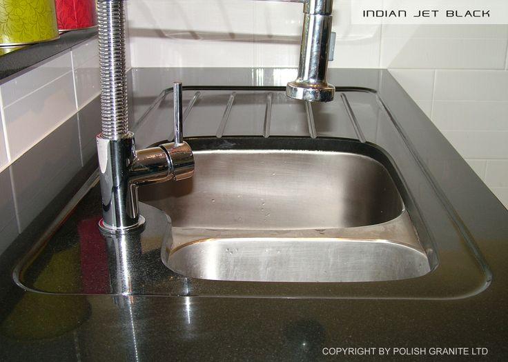 Ociekacz w formie pochylni i rowków  www.polishgranite.pl