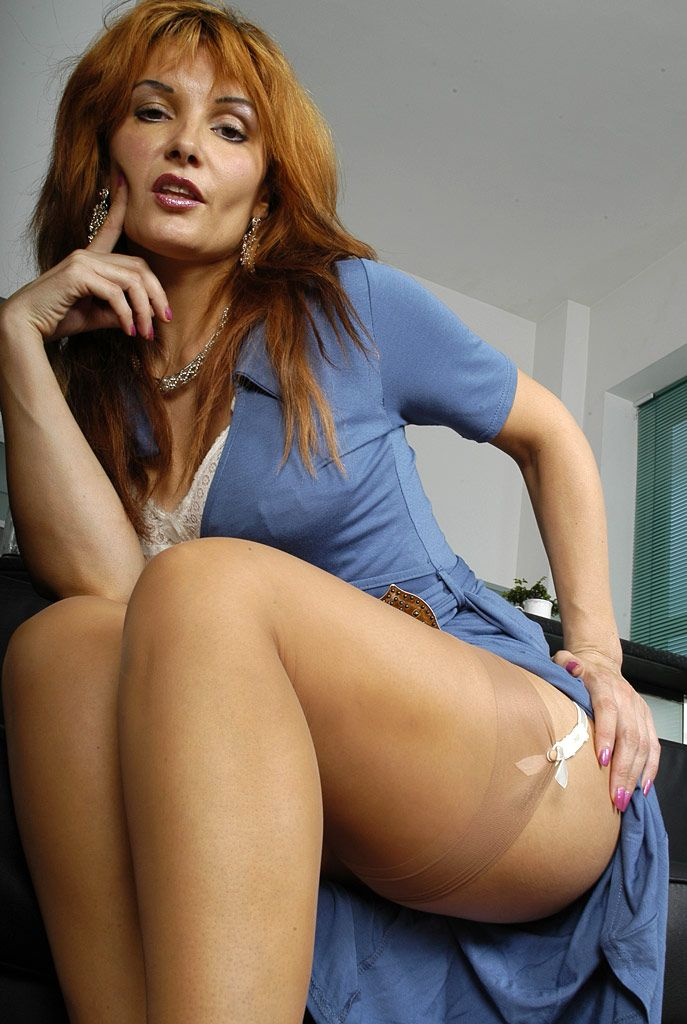 Pantyhose Avi Blog 110