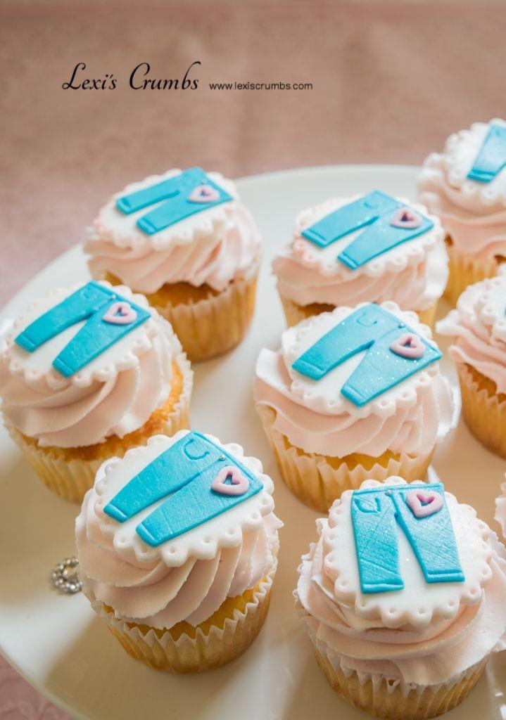 Denim party cupcakes www.lexiscrumbs.com