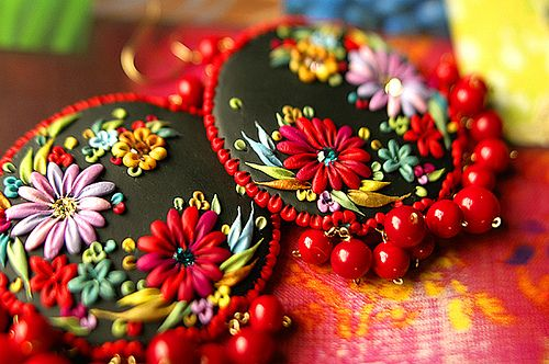 muy grande y que rico mexican embroidery earrings | Flickr - Photo ...