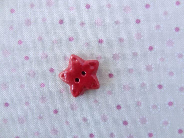 Small star button  www.cherabellabuttons.com.au
