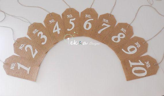 Adorable la main naturelle toile de jute mariage Table numéros pour les centres de réception: *** Design détail ***  -Mots: n ° 1 à n ° 10 (pour