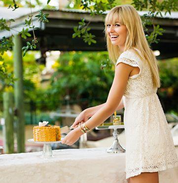 #WeddingWeek: Backyard (Budget-friendly!) Bridal Shower