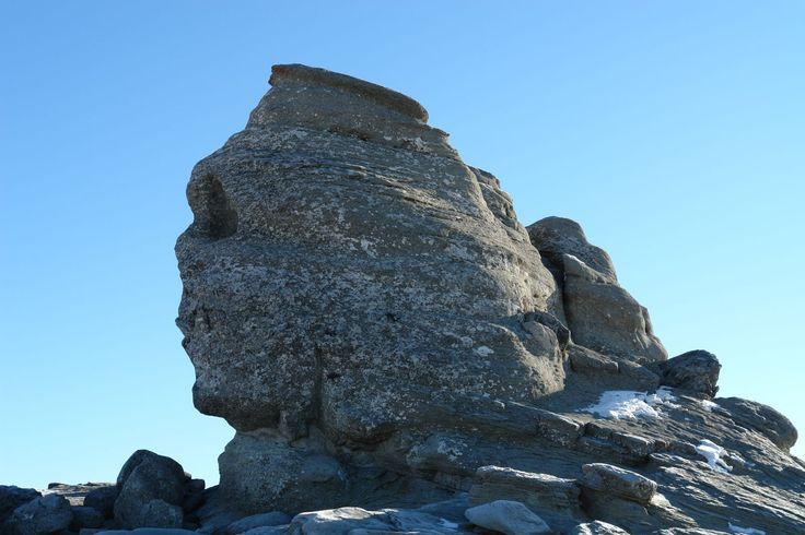 Romania Megalitica: Sfinxul din Bucegi! Un TEMPLU, ALTAR megalitic enigmatic! Un BRAND de tara, incomparabil cu frunzele Elenei Udrea!