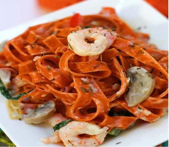 Chilli Tagliatelle with Prawns and Cream   Wow this is a great dish for all pasta lovers. I found this wonderful chilli and red pepper tagliatelle in a supermarket which gives a real subtle flavour in this recipe.  #food #recipe #cooking #prawns