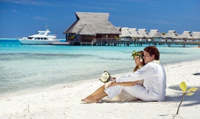 7 Day Bora Bora Luxury Island Vacation incl. luxury resort, lagoon cruise, breakfast, transfers & more. IslandsInTheSun.com #tahititrips #romanticvacations #borabora #luxuryresorts #vacationdeals