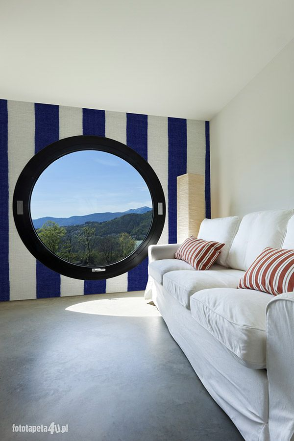 Nautical wallpapert in room with circle window. By Fototapeta4u.pl