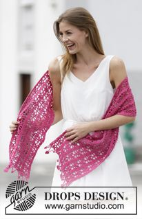 "Crochet DROPS stole with lace pattern and flower edge in ""Cotton Merino"". ~ DROPS Design"