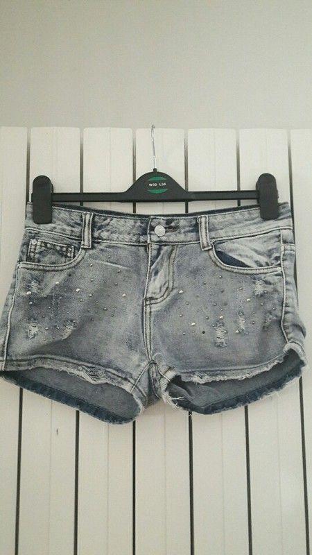 Short en jeans strass