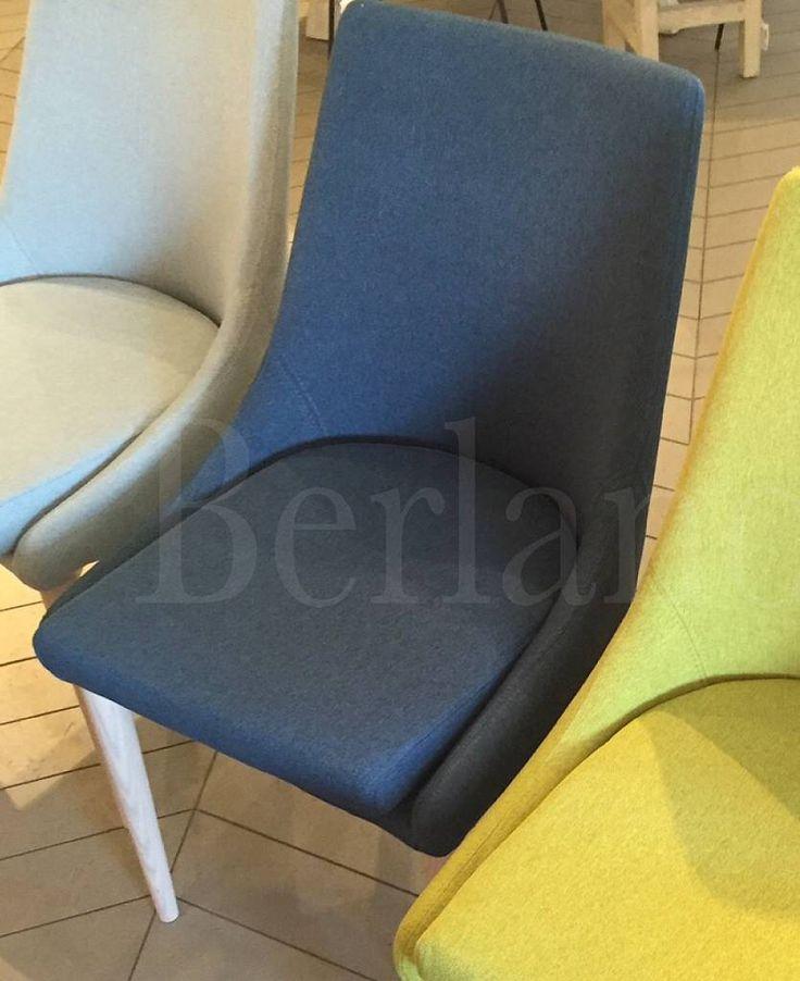 25 beste idee n over blauw geel grijs op pinterest blauw gele slaapkamers blauw gele - Kamer in rood en grijs ...