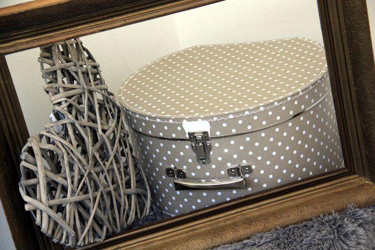 #Kazeto hat box natural with dots