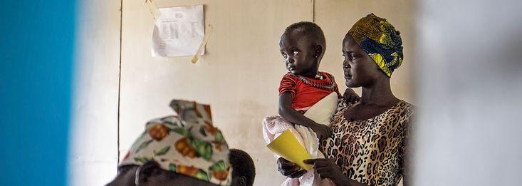 Die Lage im vom Bürgerkrieg geplagten Südsudan ist erschreckend: Nach Angaben der Vereinten Nationen sind 2,1 Millionen Menschen von einer Hungerkrise bedroht. Zwei Drittel der gesamten Bevölkerung benötigen humanitäre Hilfe!  Besonders gefährdet sind Babys und Kinder. Viele sind bereits so geschwächt, dass ihnen nur die schnelle Versorgung mit einer Spezialnahrung helfen kann.https://www.aerztederwelt.org/weihnachtshilfe/3/images/poster1.jpg
