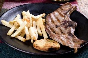 Chuleta - Platos a la carta en el Restaurante Tipico Colombiano - La Fogata Sutamarchán