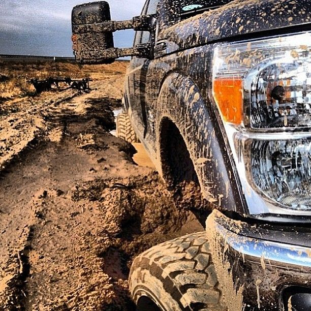 www.DieselTruckGallery.com Ford Stuck in Mud Off Roading ...