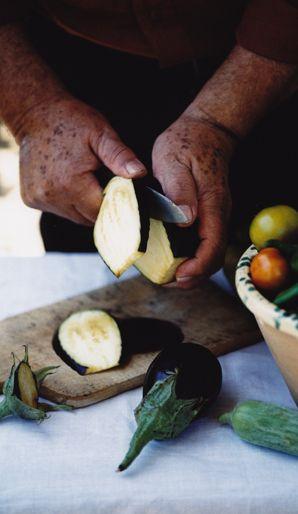 Antonio Carluccio (Italian Food Blog)