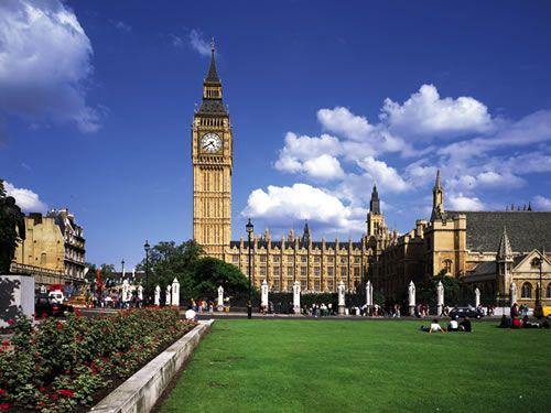 ウェストミンスター宮殿、ロンドン塔(イギリス)