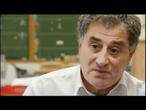 ARD-Reportage: Kampf im Klassenzimmer -  Deutsche Schüler in der Minderh...