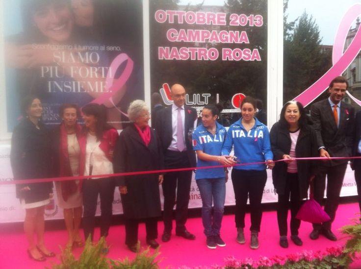 """Iincontro organizzato da LILT milano """"Prevenire in Rosa"""" in occasione della campagna #NastroRosa per la prevenzione del tumore al seno. #Unità mobile #LILT #Milano"""