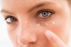 A médica Bárbara Faria Corrêa Gomes, dermatologista da cantora Kelly Key, é uma das doutoras queridinhas da Internet. Em seu perfil do Instagram, ela compartilha dicas e sugestões de produtos que podem ajudar a proteger e recuperar a pele. Dessa vez, o conselho é para diminuir as olheiras.Leia também:Livre-se da
