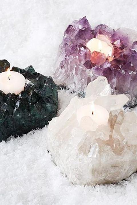 Bohemian Bride / Crystal Decor / Wedding Style Inspiration / LANE (instagram: the_lane)