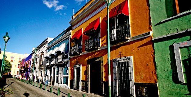 #Puebla y sus edificios coloridos, una hermosa foto de un lugar que seguro has caminado.