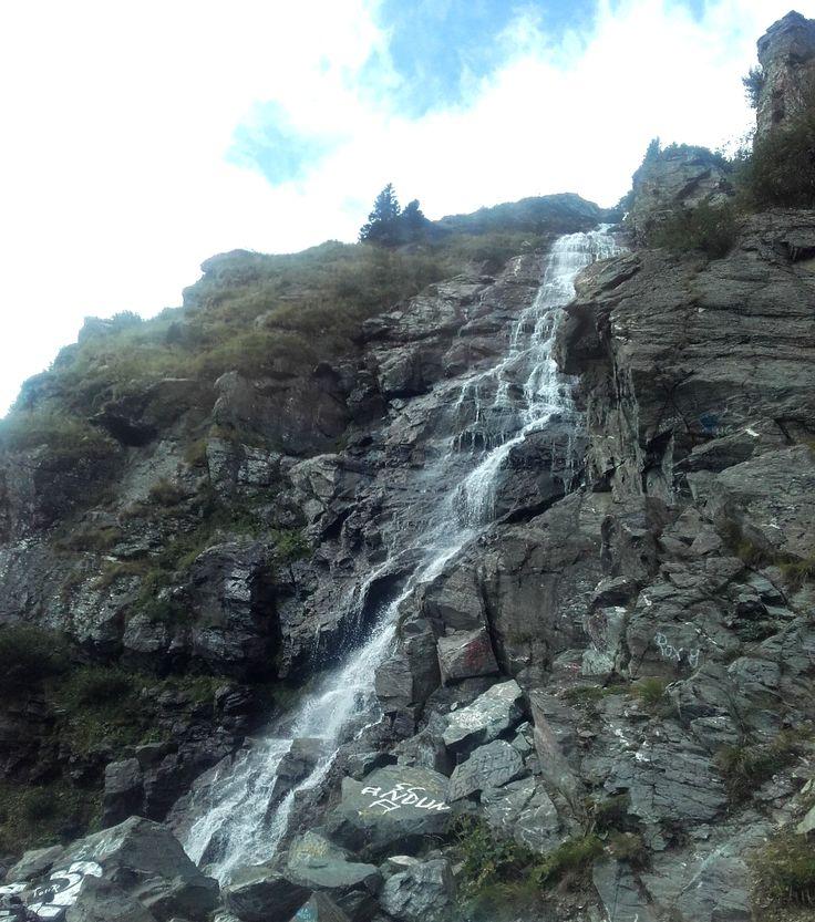 Come with me to: Vidraru Dam/ Barajul Vidraru – Corina