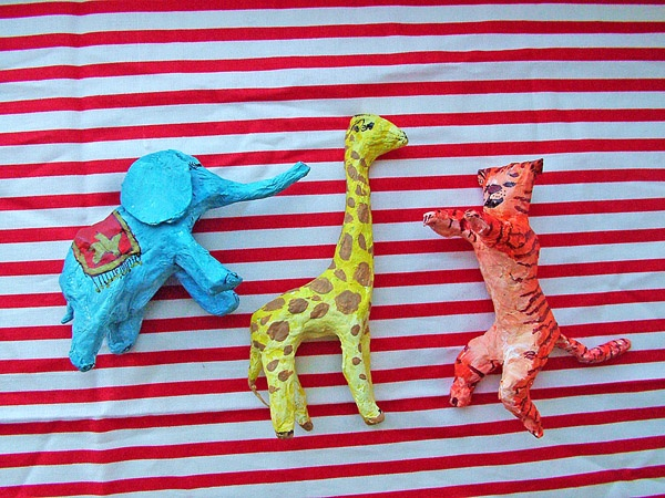 small world land: Paper Mache Circus AnimalsCrafts Ideas, Land, Kids Crafts, Travel Circus, Mache Circus, Paper Machete, Circus Animal, Papier Mache, Small World