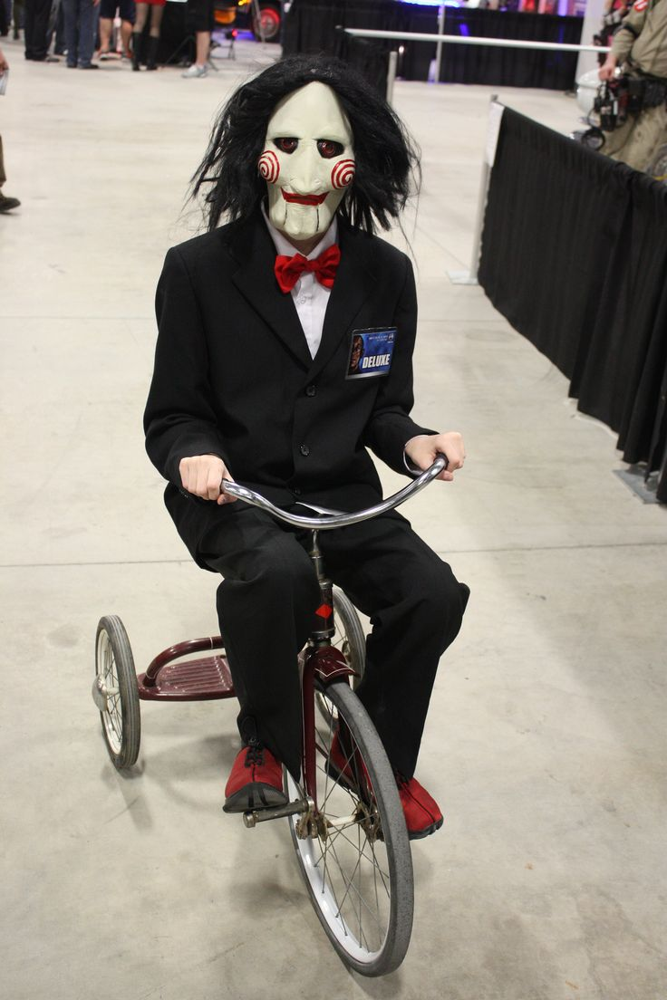 //flic.kr/p/nyVFsr | Ottawa Comiccon 2014 : saw costume with bike  - Germanpascual.Com