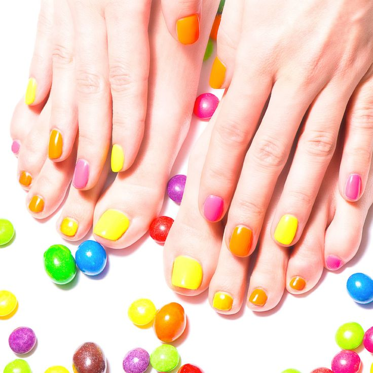 This is awesome! What vibrant colors! #NailTech #FloridaAcademy