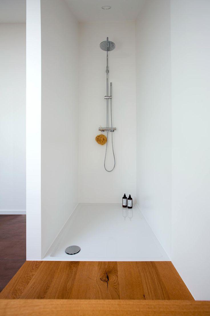 Bad im dachstudio badezimmer von eva lorey innenarchitektur in 2019  Badezimmer  Badezimmer