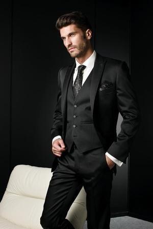Best Selling 2018 Men s Suits Italian Black Wedding Suits For Men Groom  Suit Men Tuxedo Suits (Jacket+Pants+Vest) - MAKE-UP ARTIST 2c361a58d63