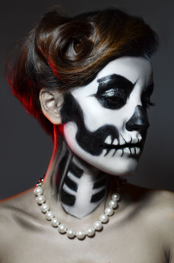 Pretty Scary! Skull Makeup day of the dead