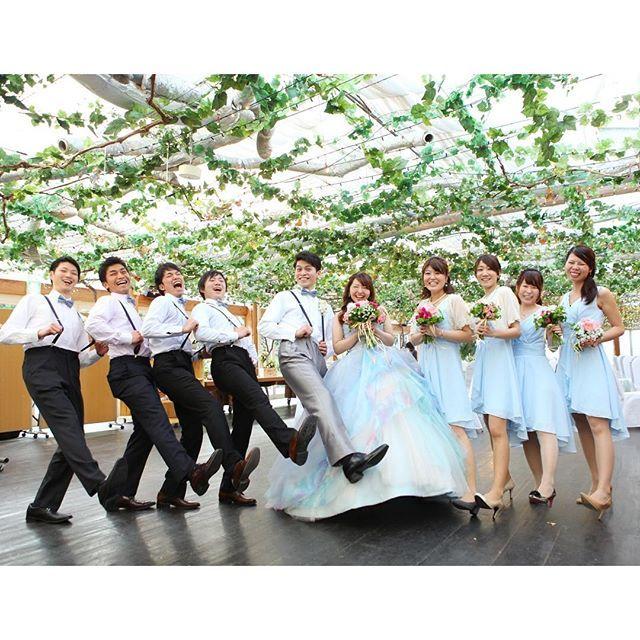 【budounoki_wedding】さんのInstagramをピンしています。 《【★ぶどうの樹wedding☆】 ゲストと一緒にダンスしながら入場♫  ゲスト参加型の結婚式でみんなと楽しい時間を過ごす✨  ただいま20周年キャンペーン中!! 2017年3月までの結婚式をご希望の方は50名100万円のプランが使える!  詳しくはHPをみてください!  #wedding #weddingparty #photo #photowedding #プレ花嫁 #ぶどうの樹 #ぶどうの樹wedding #福岡 #岡垣 #福津 #筑豊 #木 #森 #森のウェディング #ナチュラルウェディング #オリジナルウェディング #アウトドアウェディング #キャンドルウェディング #フォトウェディング #前撮り #プレ花嫁 #卒花嫁》