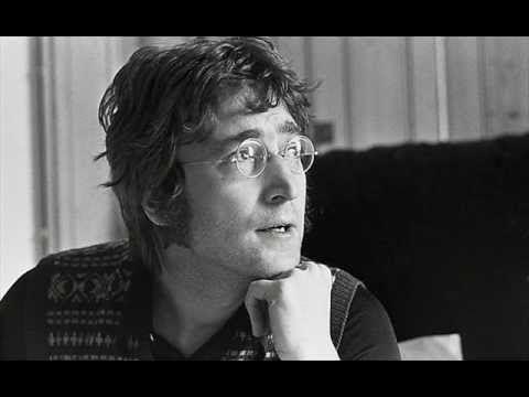 Dee Giallo Carlo Lucarelli racconta John Lennon