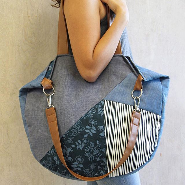 Get through the week by packing all of your essentials in this oh so spacious Velocity bag made with #EssentialsIIFabrics by @patbravodesign and #TheDenimStudiobyAGF!  Find the FREE PATTERN to this bag in the Essentials II Lookbook! . . #ArtGalleryFabrics #AGF #WeareFabrics #handmadebag #sewing #fabriclove #modernsewing