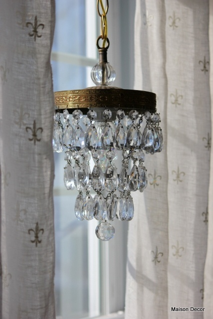 vintage crystal waterfall pendant