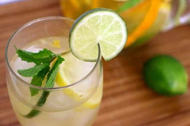 Skinny Tangelo Tequila Sangria  via @Whitney English | To Live & Diet in LA