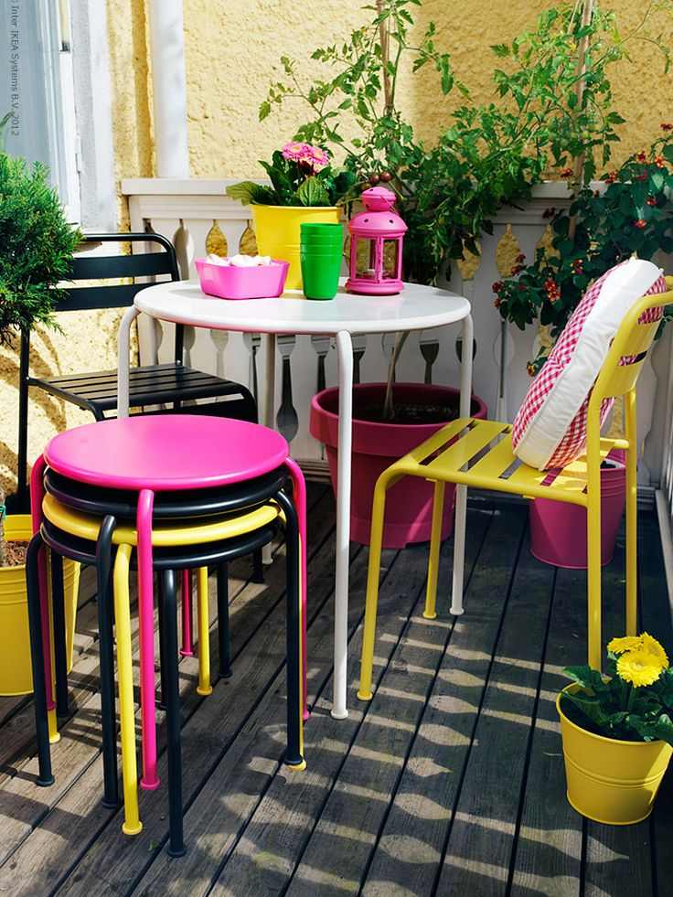 Pink, yellow and black used on a cute patio