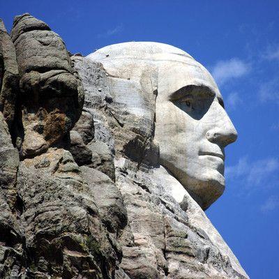 Który kraj, poza USA, nazwał swoją stolicę na cześć prezydenta Stanów Zjednoczonych? Liberia! Liberia została utworzona w roku 1847 przez wyzwolonych niewolników ze Stanów Zjednoczonych. Wprowadzili oni model rządów wzorowany na USA, a nowowybudowaną stolicę nazwali Monrovia - na cześć Jamesa Monroe, który wspierał ideę kolonizacji Afryki.