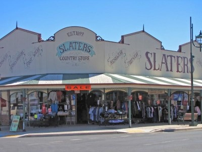 Slaters, shopping the old-fashioned way.  Sheffield, Tasmania.