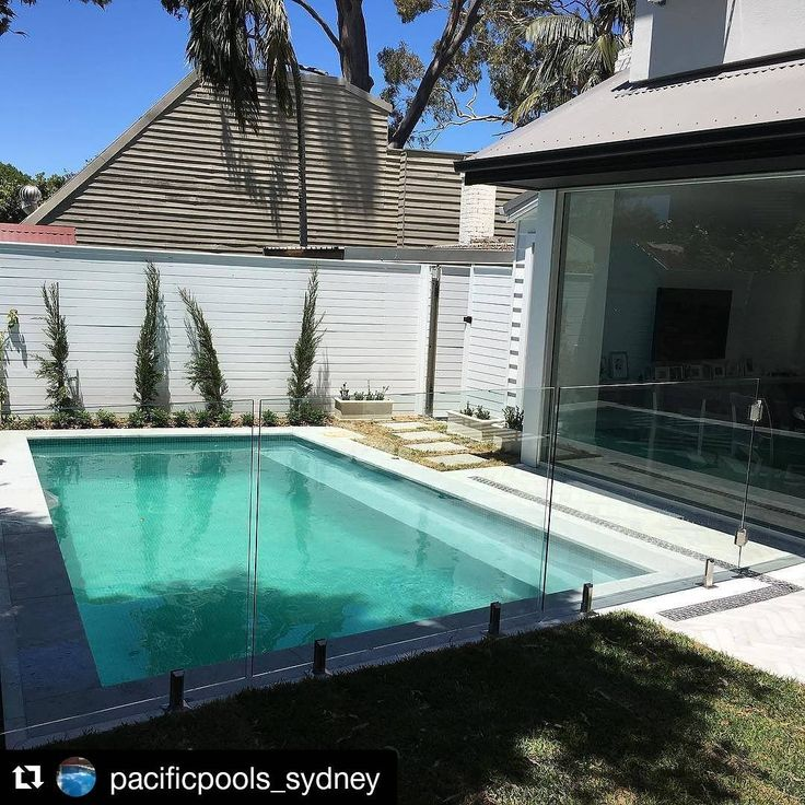 Amber Tiles Kellyville: Capbreton limestone used in another luxury Pacific Pools (@pacificpools_sydney) construction #limestone #naturalstone #poolinspiration #poolsurround #ambertiles #ambertileskellyville