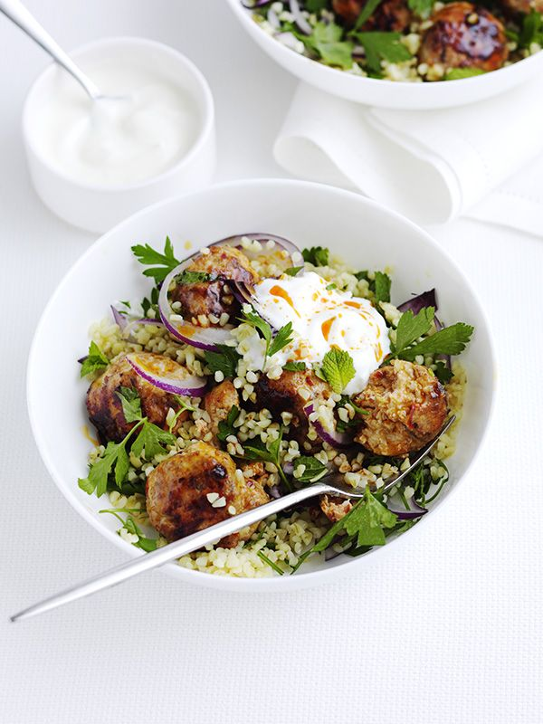 This recipe for harissa chicken meatballs with bulgar is quick, easy and healthy, but packs a flavour punch.