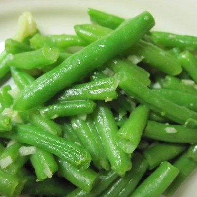 """Garlic Green Beans I """"Outstanding with FRESH green beans! An excellently fresh addition to our Thanksgiving Feast!"""""""