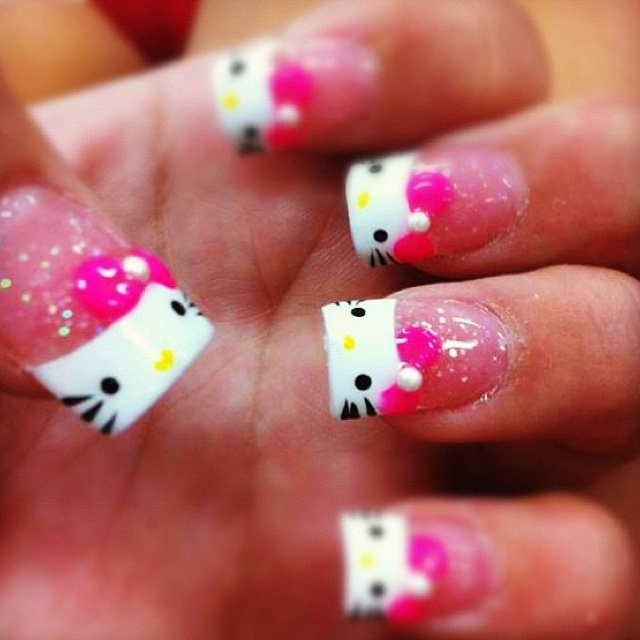 33 best Hello Kitty Nails images on Pinterest | Hello kitty nails ...