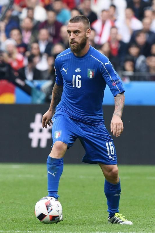 De Rossi in azione in Italia-Spagna 2-0 [Euro 2016]