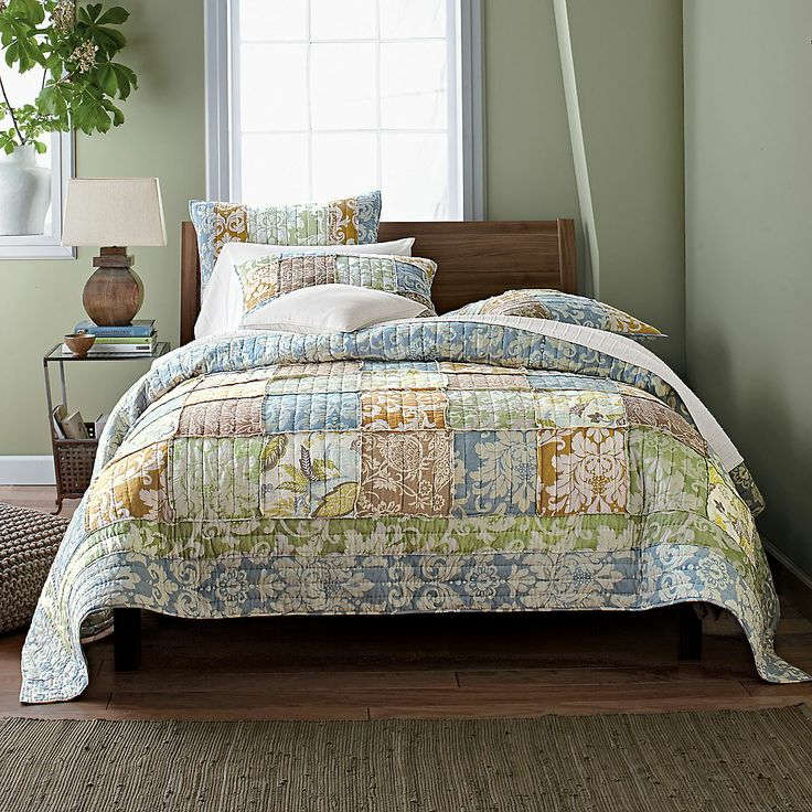 Damask florals on the Arabella Quilt | The Company StoreFloral Finding, Shops Quilt, Company Stor Comforters, Bedrooms Design, Floral Damask Quilt,  Puff, Company Stores, Arabella Quilt, Bedrooms Ideas