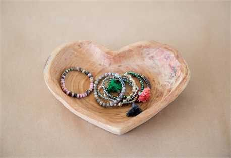 Paulownia Wood Heart Shaped Bowl