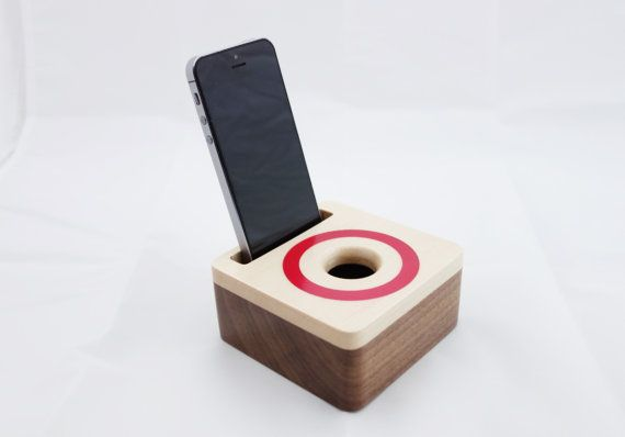 iPhone acoustic speaker box made from walnut wood, Wooden amplifier for iPhone 6