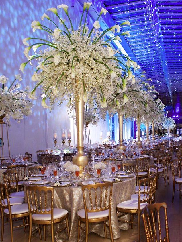 A dreamlike winter wedding celebration at the