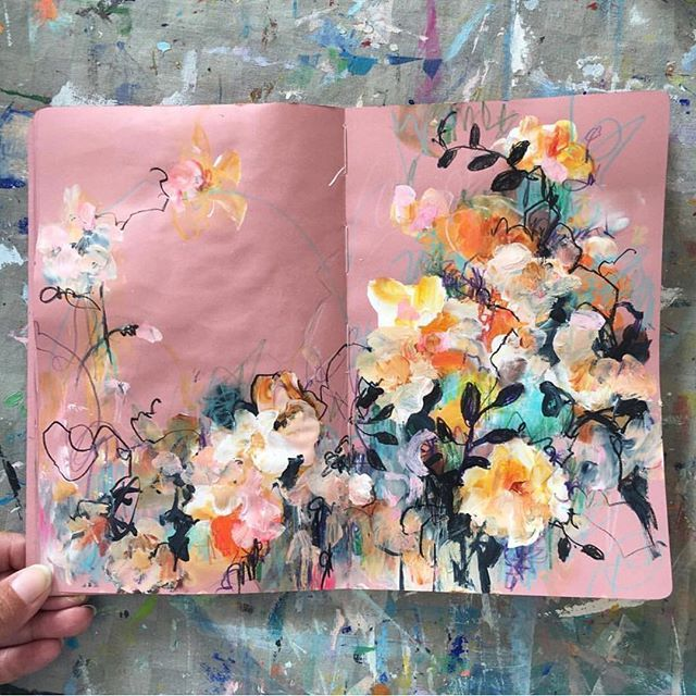 Is this not THE prettiest sketchbook / journal you have ever clapped your eyes on? It is the beautiful work of @sonaln and we hope it fills your day with some beautiful inspiration. Happy Tuesday lovely makers. littlelaneworkshops.com.au